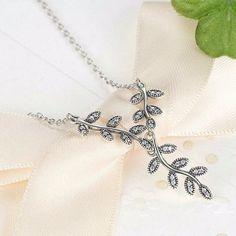Silver Sparkling Leaves Long Pendant Necklace