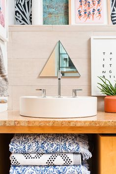 Be My Guest: A (Pattern Lovers) Teeny Tiny Guest Bathroom Makeover