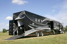 Featherlite's 53' horse trailer... I want to see a Prevost or a Newell version ;-)