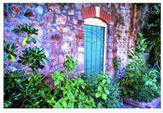 The Prettiest Door 12 x 8 inch colour photo print by LeShopUK, £18.00