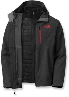 The North Face Men's Thermoball Triclimate Jacket The North Face ThermoBall Triclimate Mens Insulated Ski Jacket - For versatile performance in cool to winter 3 In 1 Jacket, North Face Jacket, Jacket Men, Triclimate Jacket, Revival Clothing, La Mode Masculine, Outdoor Outfit, Outdoor Gear, Outfits