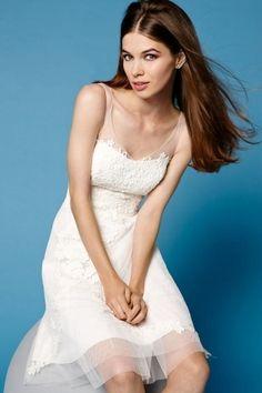 Modern Ivory V Neck A Line Short Lace Wedding Dress