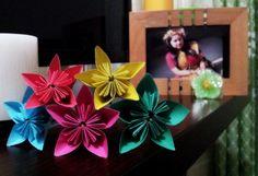 Kusudama flower! A Japanese origami flower.worth trying!!beautiful enough!!