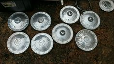 Volvo hubcap 140 series your choice price is each