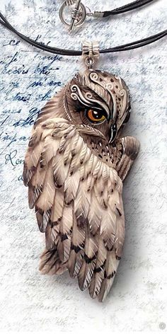 It is believed that the owl is a symbol of enlightenment . - It is believed that the owl is a symbol of enlightenment, wisdom and knowledge, as these birds can - Polymer Clay Owl, Polymer Clay Kunst, Polymer Clay Creations, Polymer Clay Jewelry, Owl Jewelry, Animal Jewelry, Paper Clay, Clay Art, Clay Animals