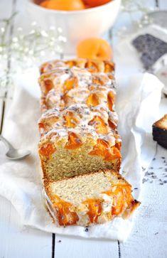 Elodie's Bakery: Apricot, walnut and lavender cake   Cake à l'abricot, aux noisettes et à la lavande