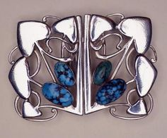Archibald Knox Art Nouveau silver buckle with stones. Jewelry Crafts, Jewelry Art, Antique Jewelry, Vintage Jewelry, Silver Jewelry, Silver Ring, Jewelry Rings, Archibald Knox, Bijoux Art Nouveau