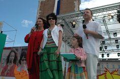 Festiwal Zaczarowanej Piosenki 2007 #zaczarowana - na scenie Kasia Nowak Dresses, Fashion, Gowns, Moda, La Mode, Dress, Fasion, Day Dresses, Fashion Models
