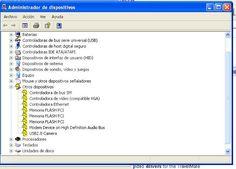 El Administrador de dispositivos de Windows te muestra los dispositivos que están instalado en tu PC. Ademas te permite permite actualizar los drivers