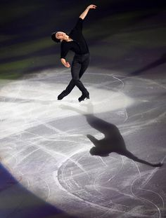 Nathan Chen of the US perform during the gala exhibition at the Grand Prix of Figure Skating 2016/2017 NHK Trophy in Sapporo on November 27, 2016.