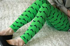 Green cotton leggings with dark blue dachshunds by DGstyle on Etsy, $25.00
