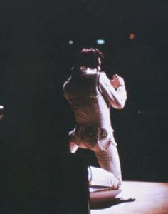Elvis Aaron Presley: Elvis - April 13 1972  Elvis performed at the Coliseum, Charlotte, North Carolina at 8:30 p.m. The crowd was 12000 and Elvis wore White fireworks suit with original belt and blue cape