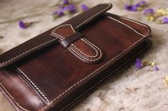 Vegetable tanning leather wallet vintage by MagicLeatherStudio Handmade Leather Wallet, Leather Gifts, Cow Leather, Handmade Clutch, Vintage Leather, Handmade Wallets, Wallets For Women Leather, Leather Accessories, Leather Purses
