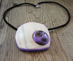 Marble polymer clay necklace  black florwer by Crazycane on Etsy