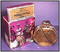 http://www.vanitytreasures.com/perfume_avon/purse.jpg