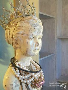 Heart Rocks In My Pocket: Vintage Crowns & Jewels!