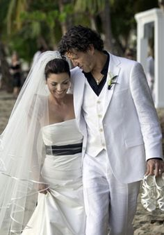 Shania Twain married Frederic Thiebauld in Puerto Rico on January 1, 2011. The sunset wedding took place on the beach in front of the secluded Rincon Ocean Villa.