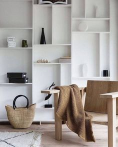 Trendy Home Design Living Room Storage Ideas Living Room Interior, Home Interior Design, Interior Styling, Living Room Decor, Living Rooms, Interior Colors, Design Interiors, Living Spaces, Living Room Cabinets