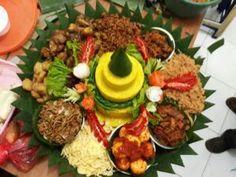 Catering tumpeng 085692092435: 0811-8888-516 Pesan Nasi Tumpeng Kelapa Gading