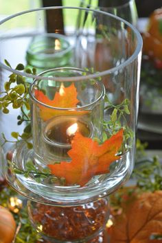 I can't believe that it will be Thanksgiving weekend in less than 2 weeks! I know Thanksgiving is early this year but still, the ti. Thanksgiving Centerpieces, Fall Halloween, Table Settings, Patches, Pumpkin, Decor Ideas, Autumn, Dining, Crystals