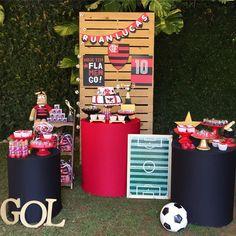 Nenhuma descrição de foto disponível. Mini, Goalkeeper, Holiday Decor, Birthday, Party, Table, Ideas, Birthday Party Ideas, Ideas Party