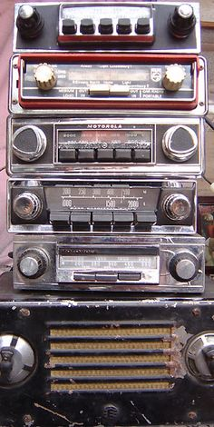 Vintage Automobile Radios