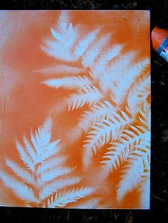 Spray Painted Botanical Prints on Canvas - just find the plant you want and grab the paint and canvas. Easy art.