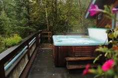 Efficiency with Hot Tub - Nightly/Weekly vacation rentals in Girdwood Alaska, Cabin rentals, Ski Condos, Alyeska Hotel, Lodging, Hot Tubs, VRBO.