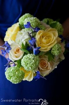 Blue, soft yellow, green and white bouquet