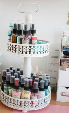 Anna Sigga scrapbook room via www.craftstorageideas.com by Scrapbook.luvr
