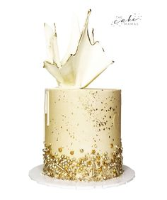 Perfect for an elegant celebration. Call or email to order your celebration dessert today. Click the link below for more information. Gold Drip, Cupcake Wars, Drip Cakes, Custom Cakes, Dessert Table, Food Network Recipes, Cake Decorating, Celebration, Birthday Cake