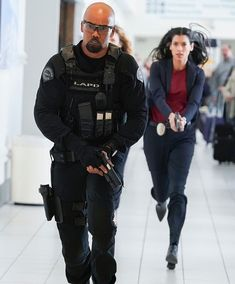 Credit in the pic Lina Esco, Sherman Moore, Swat Police, Young And The Restless, American Actors, Canada Goose Jackets, Fashion Models, Tv Shows, Winter Jackets