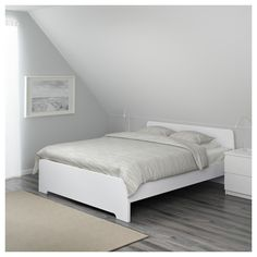 IKEA ASKVOLL bed frame Adjustable bed sides allow you to use mattresses of different thicknesses. High Bed Frame, Malm Bed Frame, King Size Bed Frame, Bed Frame And Headboard, Queen Bed Frames, Cama Ikea, Ikea Bed, Cute Bedding, Bedding Sets