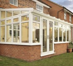 Lean To conservatories in Essex. All our conservatories designed and built in Essex.
