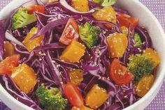 Salada de Couve-Roxa e Laranja - https://www.receitassimples.pt/salada-de-couve-roxa-e-laranja/