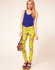 ASOS Petite Skinny Jean in Hawaiian Print - adding these to my wishlist immediately.