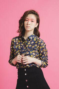 爭奇綻放 - 復古花朵蠶絲雙口袋長袖襯衫 - NANHI 男孩   Pinkoi