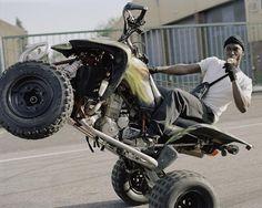 motos, quads et terrains vagues : les nouveaux gangs de bikers de londres | read | i-D