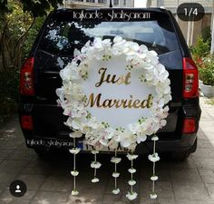 43 ideas weding cars decorations 2019 for 2019 Wedding Car Decorations, Flower Decorations, Wedding Cards, Wedding Gifts, Wedding Invitations, Wedding Getaway Car, Bridal Car, Just Married, Wedding Designs