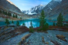 Russian version of Moraine Lake :) Amazing piece of nature in Altai mountains. Into The Wild, Altai Mountains, Moraine Lake, Jezera, Rusko, Wilderness, Places, Nature, Landscapes