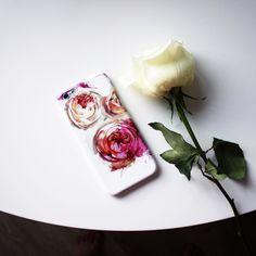 Пионовидные розы и акварельные брызги с осенним характером На Hipoco.com ловите по слову розы. 1500- Автор принта kat_kat. #hipoco #hipocoflowers#art#draw#painting#illustration#iphonecase#iphone6s#rose#roses#watercolour#watercolor#aquarelle#иллюстрация#рисунок#акварель#розы#пион#роза#розочка#чехол#чехолнаайфон#айфон6#айфон5#кейс#скетч#рисование hipoco.com