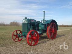 Antique 1929 Hart Parr 12-24 2WD tractor   ..rh