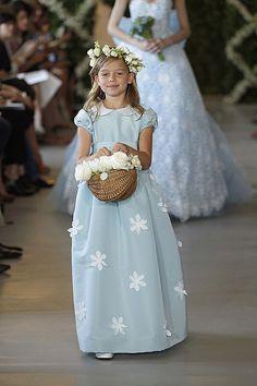 Oscar de la Renta 2013: Dulces vestidos de princesa para las damitas de honor - Foto 4