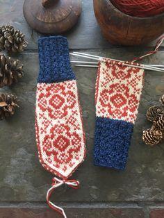 Norskt tradisjonsstrikk | FINN.no Barn, Socks, Knitting, Crochet, Nice, Converted Barn, Tricot, Breien, Sock