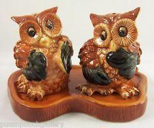 Brown/Black Owls   Ceramic Salt U0026 Pepper Shakers On Base Nice Look