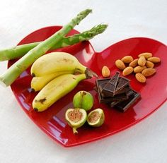 Valentine's Day Food at fresh.co.nz including the top 10 foods to make you more attractive!
