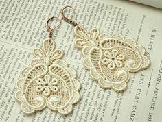 lace earrings  DARLA ecru  tinaevarenee on Etsy