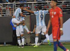 Gary Medel en Chile 1 - Argentina 2