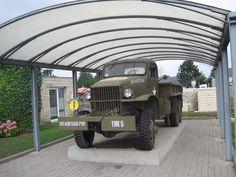 Dit is een jeep die werd gebruik in de tweede wereldoorlog