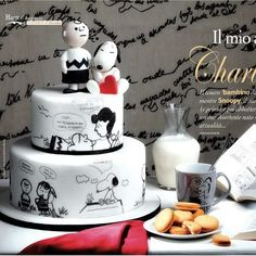 Black/White Charlie Brown and Snoopy Cake